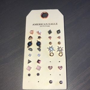 AEO 15 pairs of earrings NWOT